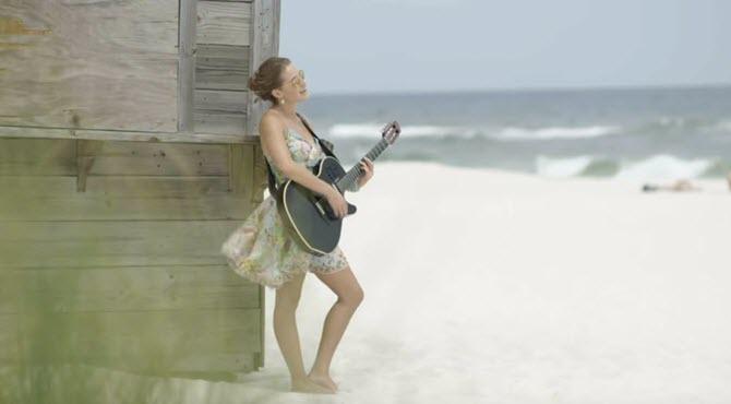 """Caroline Jones - """"Gulf Coast Girl"""""""